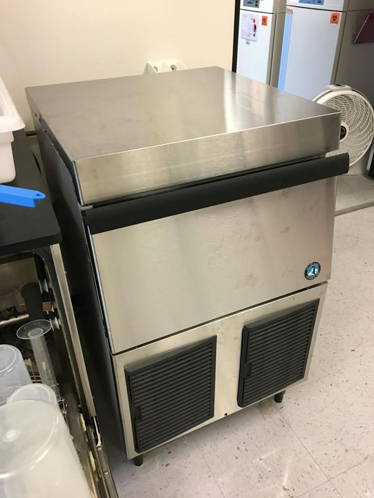 Hoshizaki Flaker and Cubelet Ice Machine