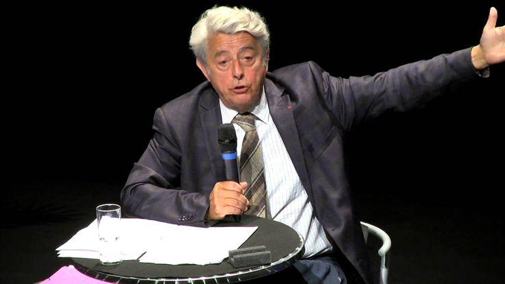 """Lors de la pré-rentrée, Mr Claude Thélot, conférencier et auteur d'ouvrages sur le milieu éducatif, est intervenu devant l'ensemble des chefs d'établissement sur le thème """"La réussite des élèves : un défi pour la société, un défi pour l'Enseignement catholique""""."""