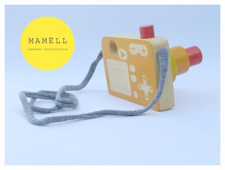 camara de fotos  pedidos a pedi@mamell.com.ar        #juguetes de madera #wooden toys #design #jouets #diseño #greentoys #jouetsenbois #speelgoed #Holzspielzeug #Spielzeug #mamell #mamëll