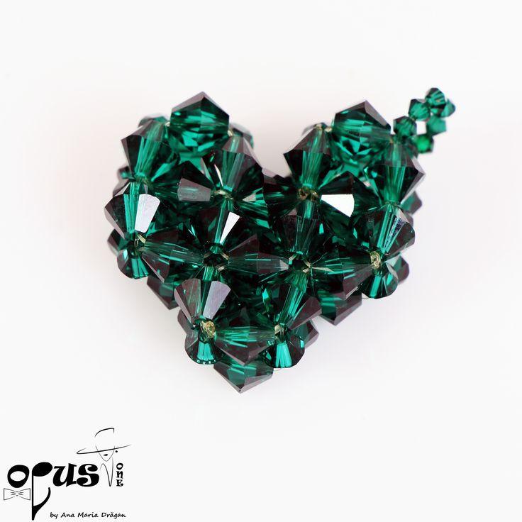 Pandantiv in forma de inima realizat din Cristale Swarovski Smarald