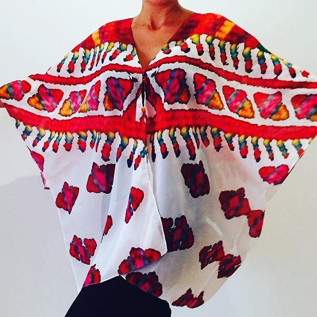 Blusón tipo murciélago Maíz Matiz #summer2017#style#bogota#Kalacbogota#colors#flowers