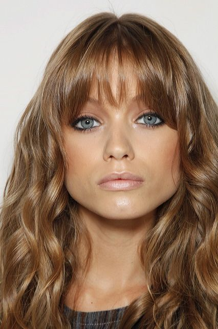 Abbey-Lee Kershaw <<< It takes me hours to get my bangs to look this good. lol!  ~ℛ