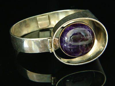 Kaunis Koru, Vintage Modernist Sterling Siver Hinge Bracelet with Amethyst. #Finland