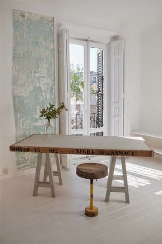 Love this table by Objetos Perdi Dos