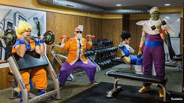 Getting strong for the week-end #NoPainNoGain #DragonBallByFunidelia  // Poniéndonos en forma para el finde!! . . . . . #dragonBallz #goku #ドラゴンボール#funidelia #vegeta #manga #funny #db #dbz #songoku #cosplay #mutenroshi #carnaval #Karneval #carnival #abbeyroad #anime #costume #mestrekame #kame #cosplayer #gym #motivation #disfraz #deguisement #kostüm #costumeidea