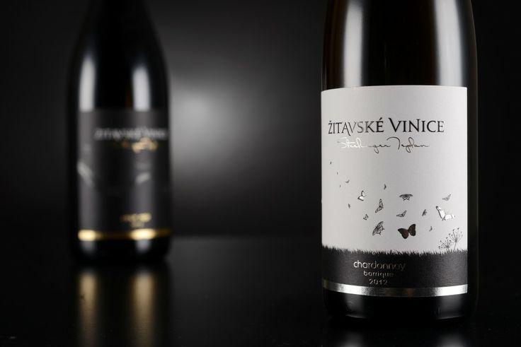 Zitavske vinice white and red wine