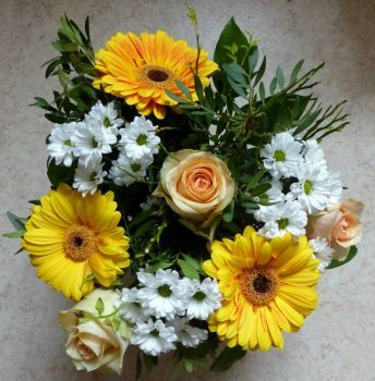 bouquet (64 pieces)