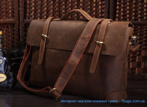 Мужской кожаный портфель, сумка, ретро-стиль, матовая Мужской кожаный портфель, сумка, ретро-стиль, матовая. Удобный и стильный аксессуар, ретро-стиль портфеля. Большая металлическая фурнитура под старину. Толстая качественная кожа одним куском. Комфортная кожаная усиленая ручка, возможность использовать с наплечным ремнем. Всего 120 USD c доставкой по всему миру AirPost