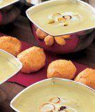 Zimní pórek (tu správnou zimní odrůdu) lze ze záhonu sklízet opravdu celou zimu. A je základem pro známou vichyssoise polévka, na zimu nejlépe podávanou teplou: http://www.apetitonline.cz/recepty/850-polevka-vichyssoise.html