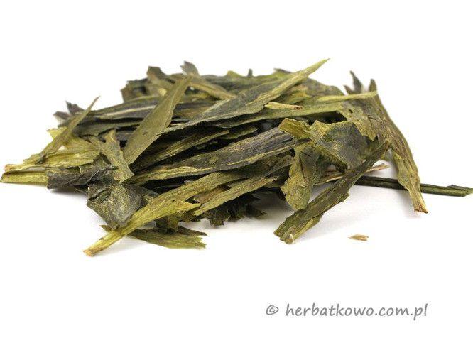 Zielona herbata Tai Ping Hou Kui | www.herbatkowo.com.pl  Przedstawiamy prawdziwy rarytas wśród zielonych herbat, nagradzaną na wielu wystawach w Chinach i poza nimi, wielkoliściastą herbatę. Długość liści może dochodzić nawet do 15 cm. Jako ciekawostkę podajemy, że jest to ulubiona herbata prezydenta Rosji, Putina.