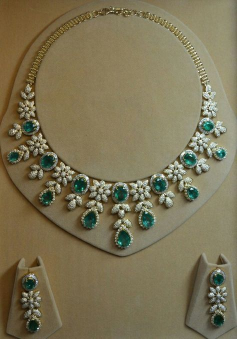 Exclusive Designer Natural Emerald Bridal Necklace With Matching Earrings Made With Sterling Silver. Necklace is Handmade and Finished With Rhodium Plate For a Long Lasting Shine We are manufacture ..