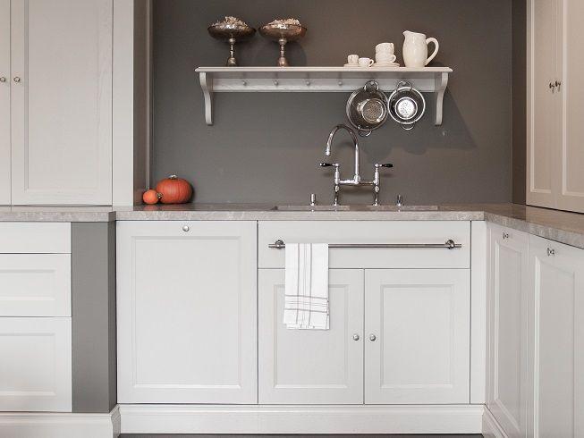 Landelijke keuken in beige tinten keuken van De Keyzer