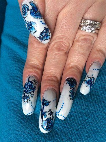 Hand+Painted+Flowers+On+White+by+lsemus+-+Nail+Art+Gallery+nailartgallery.nailsmag.com+by+Nails+Magazine+www.nailsmag.com+%23nailart