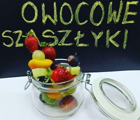 Zajrzeliście już do swoich toreb? :-) #cateringdietetycznywarszawa #dietapudełkowa #dieta #odchudzanie #drugiesniadanie #zdrowokolorowo #owoce #fruits #szaszłyki #czekolada #sie #rozpuszcza #bedziepysznie #zaoknemsłońce #milegodnia #instagood #instafood #loveit
