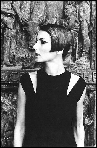 Haircut by Italian hairstylist Cele Vergottini, photo by Federico Garolla, Milan, 1966