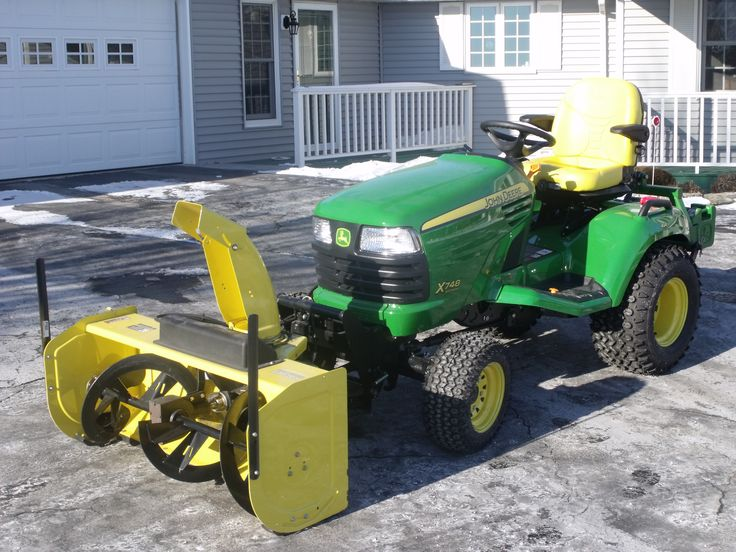 "John Deere X748 SE....probably one of my favorite ""all around"" John Deere garden tractors. Sure wish they still made the exact model, although John Deere still makes a great tractor!"