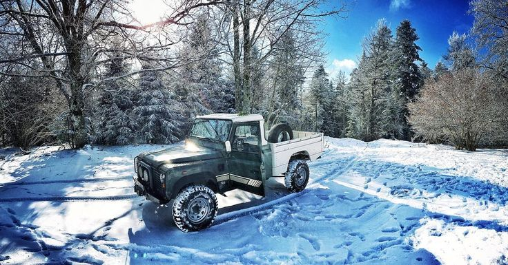 Land Rover defender  une façon de vivre  @ben_claudin_  #morning #instagood #land #landrover #landroverdefender #landroverdefender110 #sun #sky #skyporn #nature #natural #naturelovers #forest #mountains #snow #white #power #blue #spring #passion #motor #4x4 #beautiful #bestoftheday #girl #boy #day #friday #tree by margo_gpp Land Rover defender  une façon de vivre  @ben_claudin_  #morning #instagood #land #landrover #landroverdefender #landroverdefender110 #sun #sky #skyporn #nature #natural…