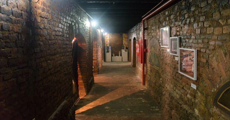Subsolo da Casa do Artesão, em Cuiabá (MT), tem um museu com peças que remontam a história da região e artefatos indígenas