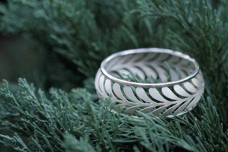 Tiffany & Co. Paloma Picasso Palm Bangle Bracelet