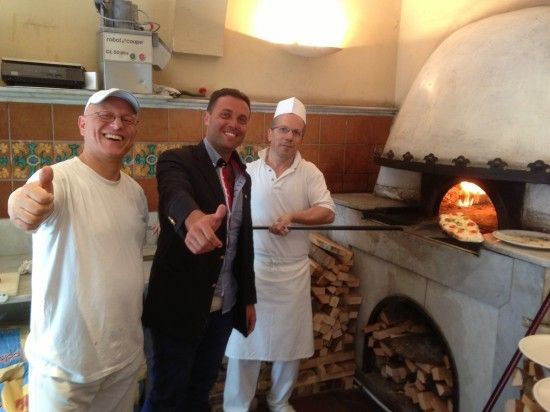 International dolce vita lifestyle expert, Fred Bollaci learning from the masters at Pizza Re' in Rome how to make a perfect authentic Neapolitan-style pizza, Roma, Italy.