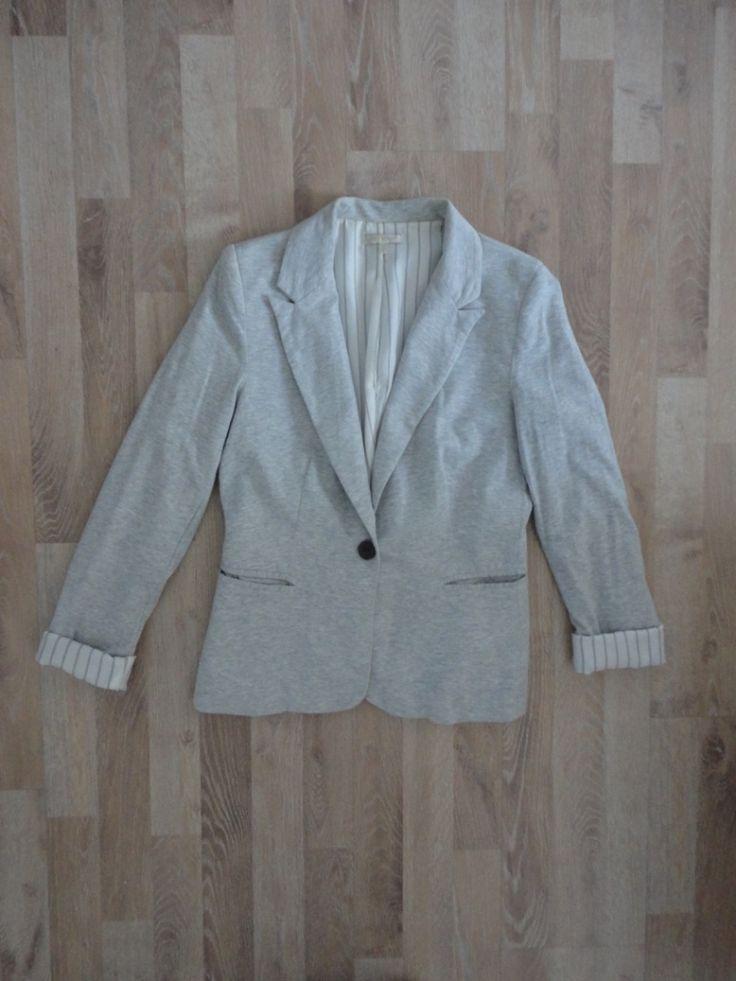 Blazer de algodon gris con forro rayado blanco y gris #Macys #gray. Compra esta prenda online! www.saveweb.com.ar