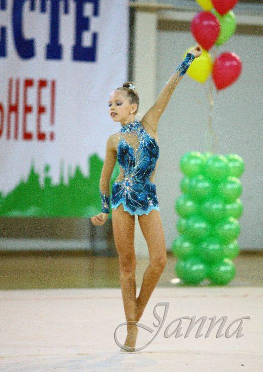Gallery.ru / Фото #45 - костюмы для художественной гимнастики 3 - dusya7