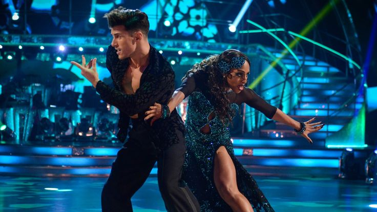 BreakingNews.ie    Alexandra Burke was given a standing ovation – and the highest number of points in the series so far from the judges – as she closed the second live episode of Strictly Come Dancing with a powerful paso doble. The singer, 29, stunned the audience and the judges with her... - #Alexandra, #Burke, #Show, #Standi, #Steals, #Strictlys, #TopStories
