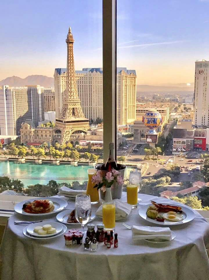 breakfast in bed at bellagio las vegas las vegas in. Black Bedroom Furniture Sets. Home Design Ideas