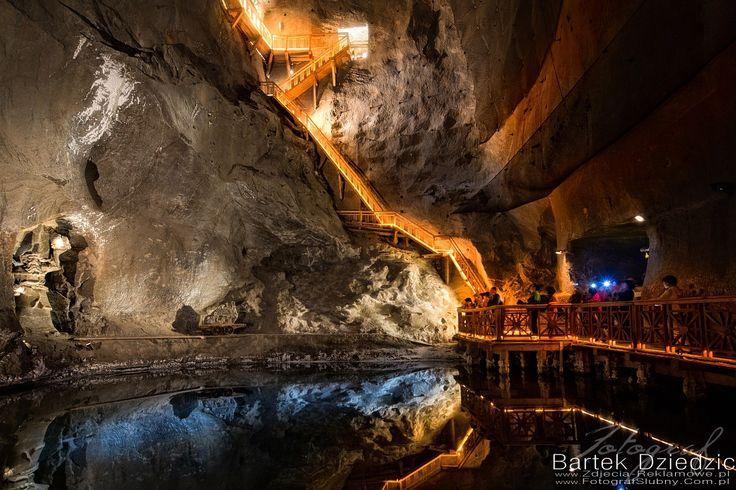 Kopalnia Soli Wieliczka trasa turystyczna i miejsce spotkań biznesowych. Na blogu znajdziesz więcej zdjęć z kopalni. #wieliczka #fotograf #kraków