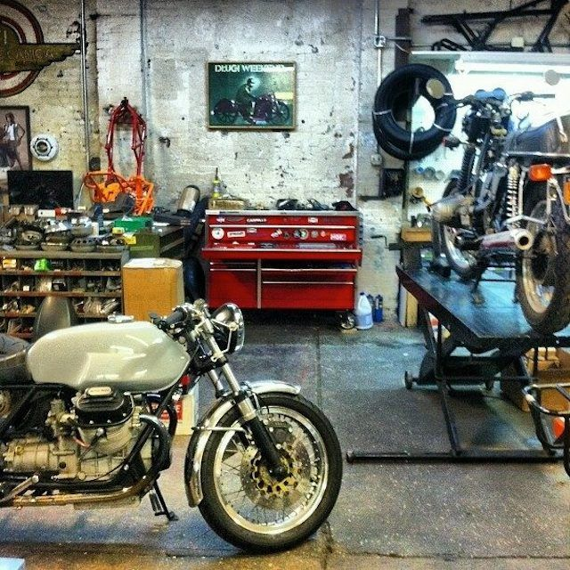 Vintage Garage Ideas: 360 Best Images About Vintage Motorcycles On Pinterest