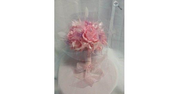 Ramo de 6 rosas rosa Plumas naturales Cristales Finos listones de organza y satín Incluye Boutonniere para novio