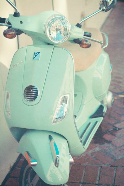 If I drove a Vespa...this would be it. Turquoise Vespa.