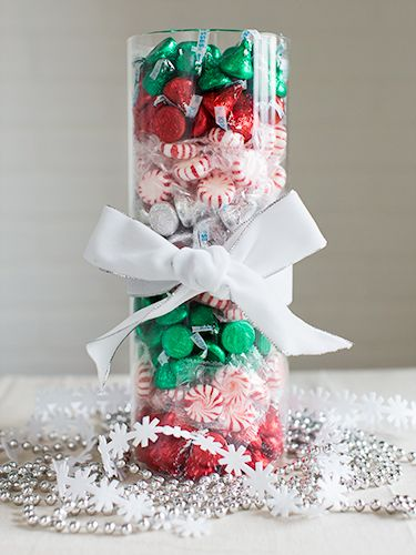 Easy Christmas Centerpiece Vases - Christmas Tabletop Ideas - Good Housekeeping