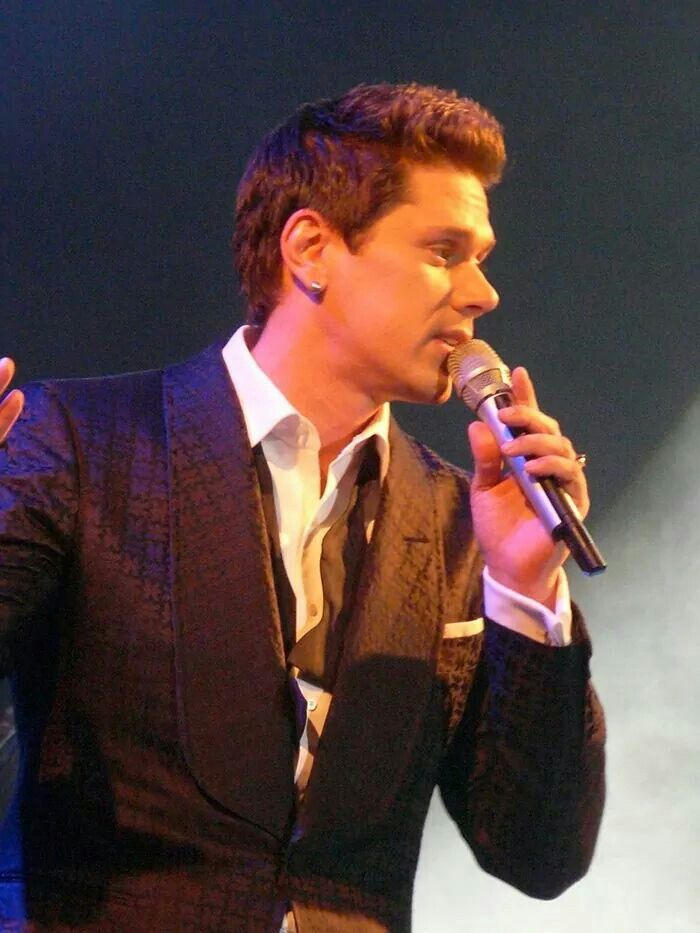 17 best images about il divo on pinterest walk this way unchained melody and the nights - Il divo unchained melody ...