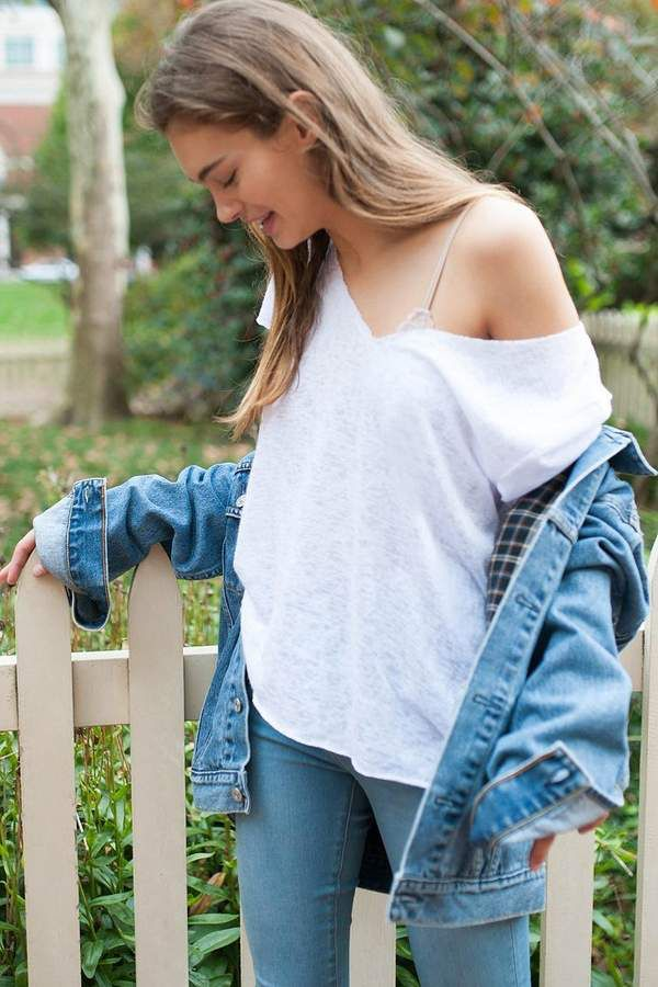 Baggy tee for every day of the week  #fashion #white
