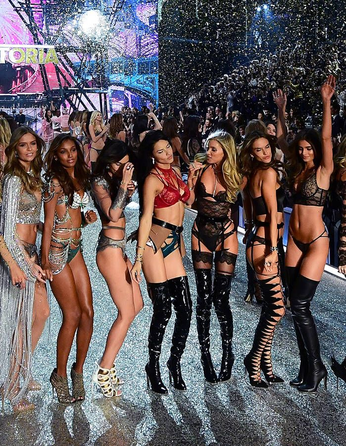 Victoria's Secret : les stars et les mannequins font le show !