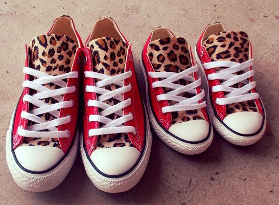 Erwachsene und Kleinkind Combo Leopard Converse Schuhe