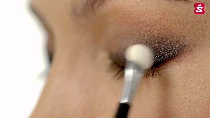 Przedstawiamy makijaż na jesień. Sprawdź, jak wykonać perfekcyjny look, najmodniejszy w tym sezonie.