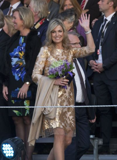 Queen Máxima woww this is exactly how a queen looks like