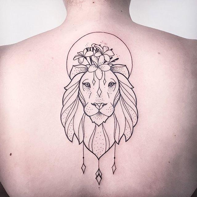 LION WITH PLUMERIAS. ➖️RESPECT, DON'T COPY!➖ FOLLOW MY STUDIO ✖️@vadersdye✖️