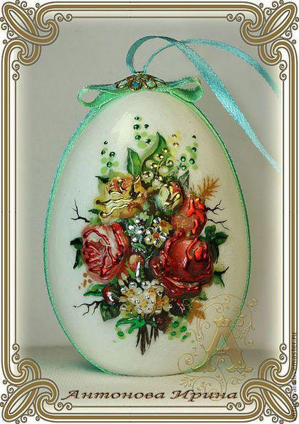 Купить или заказать Яйцо пасхальное-'Букет' в интернет-магазине на Ярмарке Мастеров. Яйцо деревянное,выполнено в технике объемного декупажа.Изображение цветов по обе стороны яйца.Декориров…