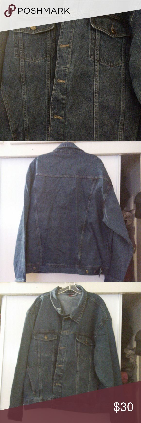 Mens jean jacket XXL Men's Jean jacket with chest pockets and adjustment buttons to make a little more fitted Jackets & Coats Jean Jackets