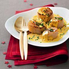 Saint-jacques poêlées à la crème de safran de la Charente-Maritime - Découvrez la recette, testez et venez partager votre expérience culinaire en commentaire | Charente-Maritime Tourisme #charentemaritime | #cuisine | #gastronomie