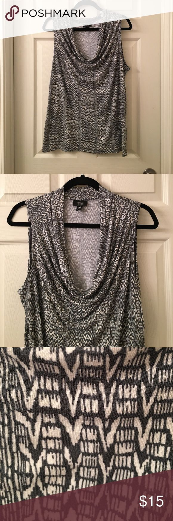 Ladies MOSSIMO gray modern cowl neck Tank Top XXL This is a Ladies MOSSIMO gray modern cowl neck Tank Top in a sz XXL, stretchy and soft! Good used condition! I ship fast! Happy poshing friends! mossimo Tops Tank Tops