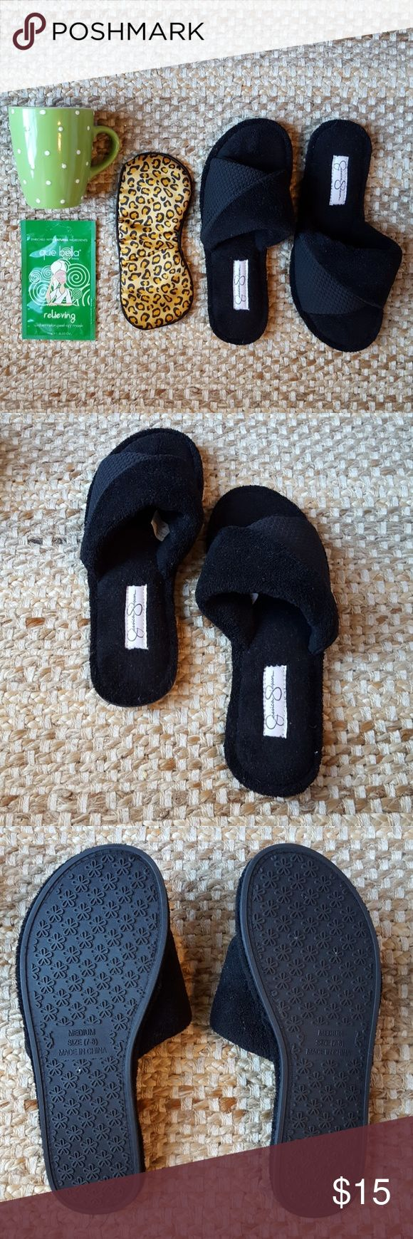 Jessica Simpson slippers Black, super soft slipper. Bought for a trip and only wore them once. Size medium. 7/8 I'm a 7 and they fit just fine. EUC! Jessica Simpson Shoes Slippers