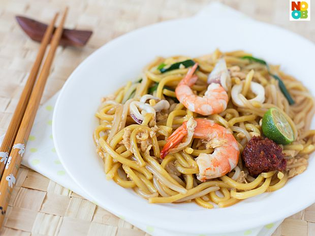 Hokkein Mee Recipe: Asian Foods, Asian Recipes, Hokkein Mee, Asian Chinese Food, Chinese Recipes, Noob Cook, Mee Recipe, Mee Noobcook