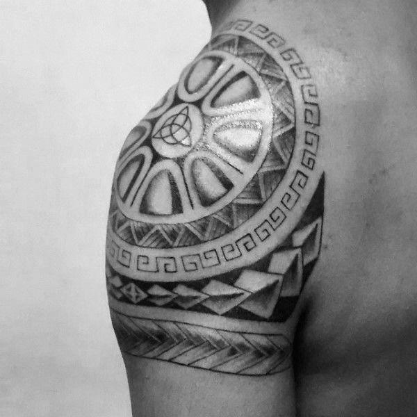 60 Triquetra Tattoo Designs Fur Manner Trinity Knot Tinten Ideen