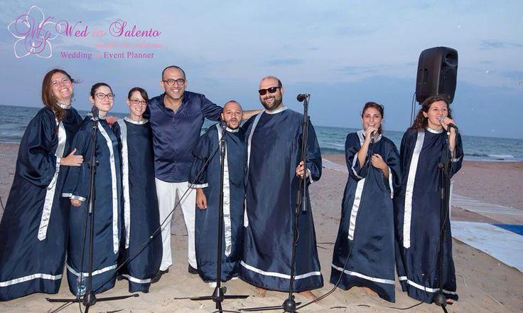 Il primo coro Gospel in spiaggia con WedinSalento!