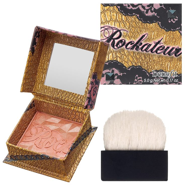 What it is: A provocative rose gold cheek powder.  What it does: This rockin' rose gold cheek powder gives a famously provocative flush that turns heads on stage and off. The crowd will go wild for its sexy faceted design, accented in luxe gold. Th