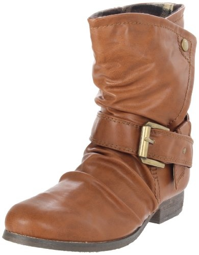This boot fits well and is comfortable. I have a narrow heel, and this shoe fits me and doesn't slip off my heel when I walk. I gave it 4 stars instead of 5 because the bottom of the shoe is smooth and has absolutely no traction- your feet might slide a little on a smooth surface.